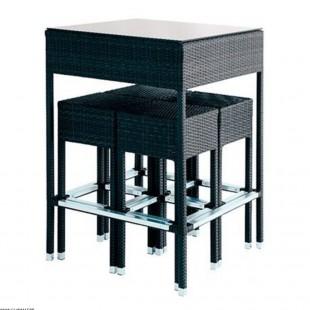 SET TABLE MANGE DEBOUT...
